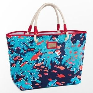 Lilly Pulitzer Shoreline Tote bag Reef Me Up print